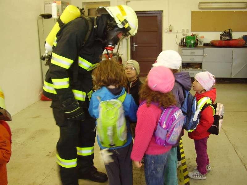 9644f62edce 2. 9. 2011. Zájemci o členství. Zájemci o členství v jednotce sboru  dobrovolných hasičů města Svitavy ...